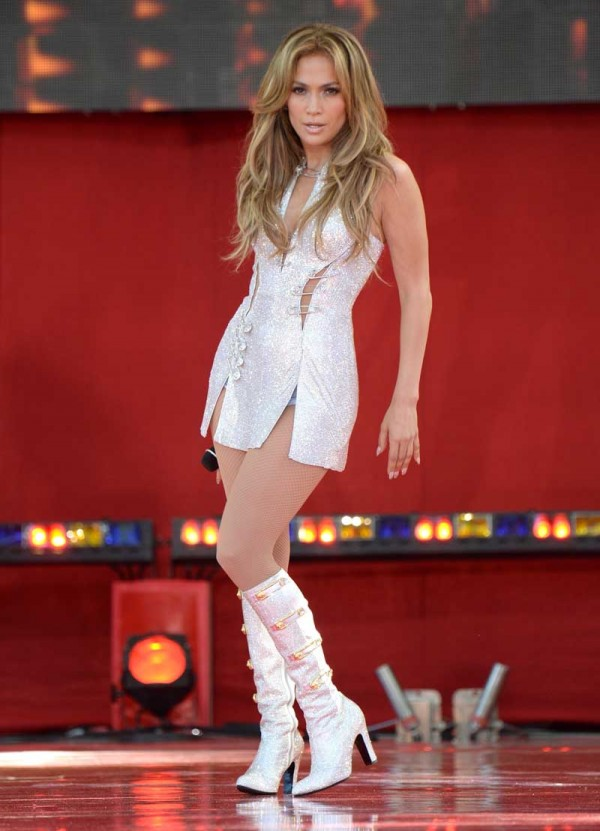 "Jennifer Lopez Performs On ABC's ""Good Morning America"""
