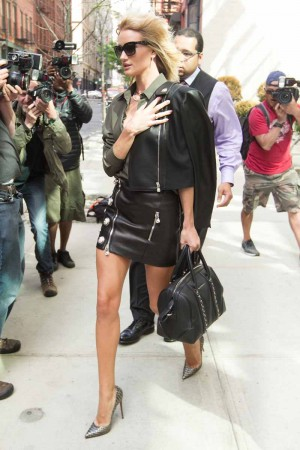 Rosie Huntington-Whiteley Leaving her Hotel in Manhattan