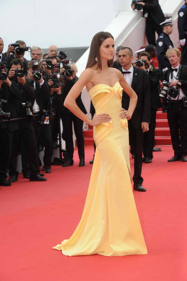 izabel goulart in georges hobeika cannes