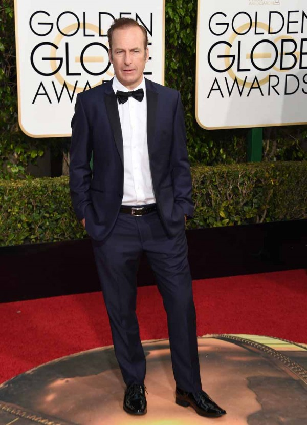 Bob Odenkirk arrives at the 73nd annual Golden Globe Awards, January 10, 2016, at the Beverly Hilton Hotel in Beverly Hills, California. AFP PHOTO / VALERIE MACON / AFP / VALERIE MACON        (Photo credit should read VALERIE MACON/AFP/Getty Images)