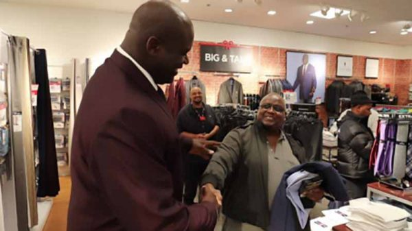 Shaq in Dallas JCPenney