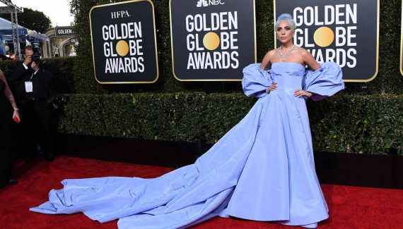 lady gaga in valentino at the golden globes 2019